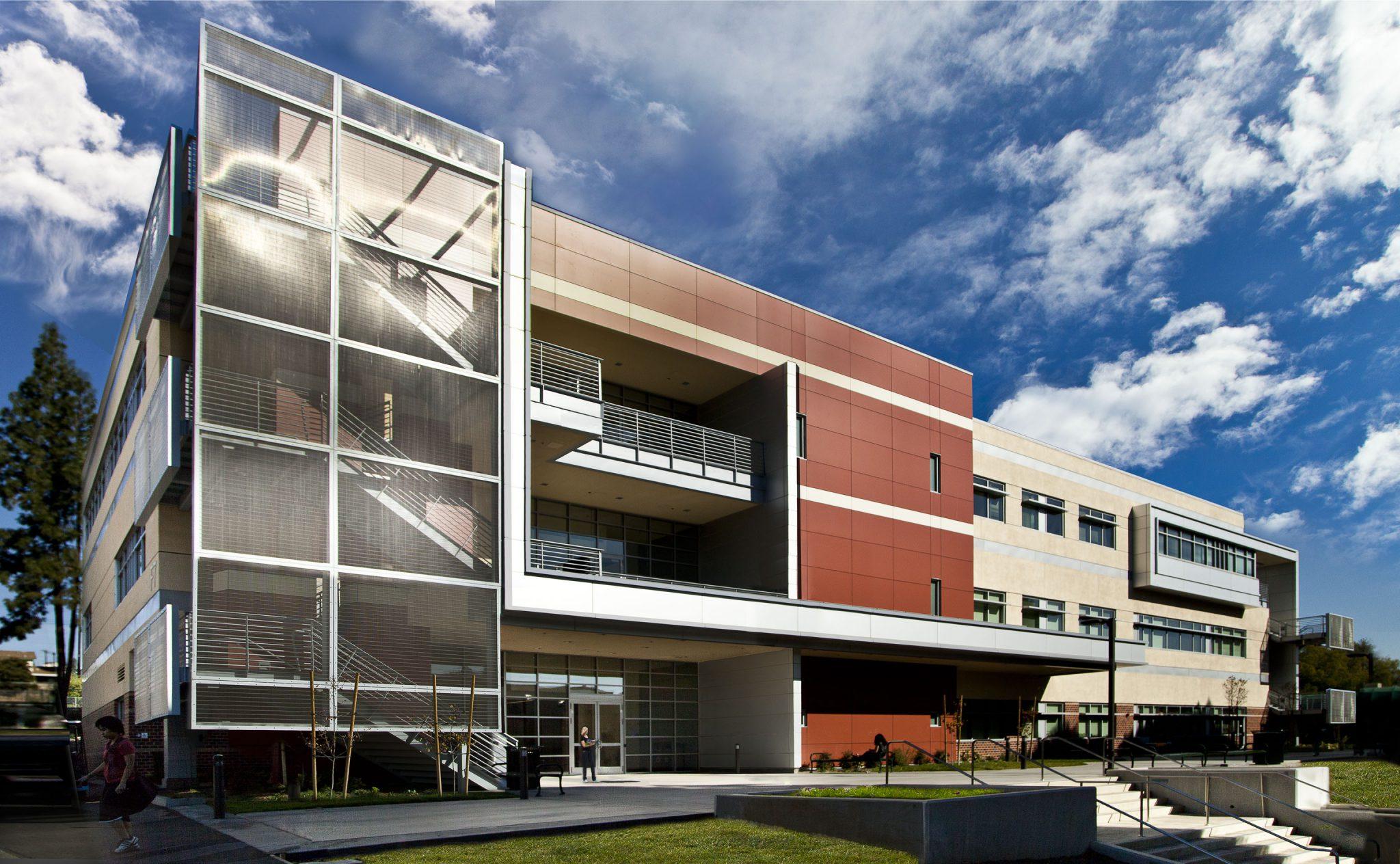 East Los Angeles College Multimedia Classroom Building